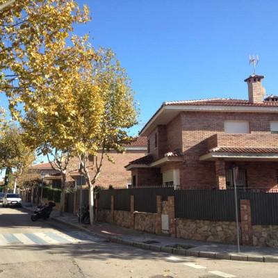Promoción de viviendas en la calle sevillanos
