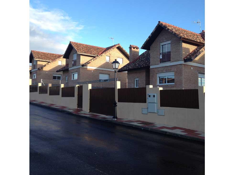 Urbanizaci n y proyecto de ejecuci n de cuatro viviendas independientes en el alamo madrid - Precio proyecto vivienda ...